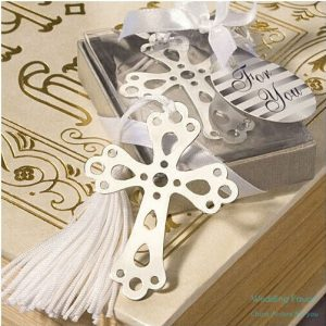 book-lovers-collection-cross-bookmark-baptism-favors