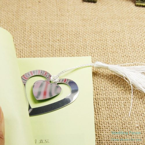 double-heart-bookmark-with-white-silk-tasselr180
