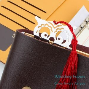 Hollow Design Cute Baby Owl Bookmark Favors780