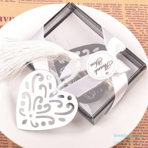 Hollow Design Silver Heart Shaped Bookmark207