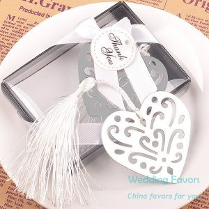 Hollow Design Silver Heart Shaped Bookmark237