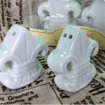 Fleur-de-Lis Ceramic Salt Pepper Shakers48832